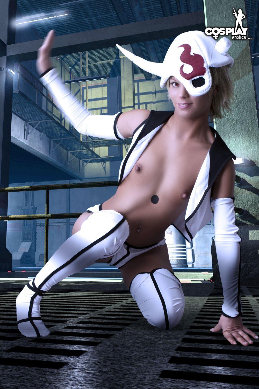 Cosplay Bleach - Lilynette Pelada Mostrando tudo!